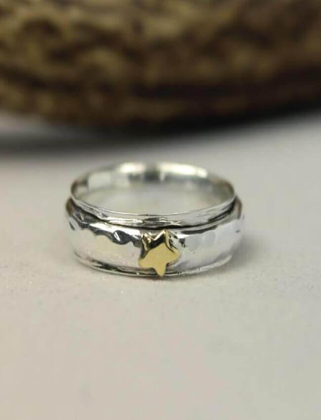 POM Star Spinning Ring