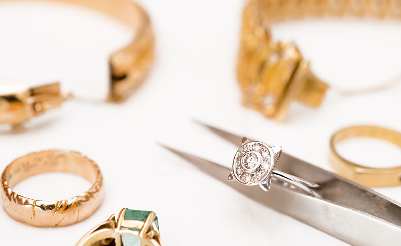 How to Mix and Match Jewellery